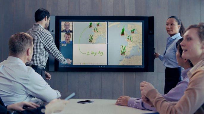 Microsoft выпустила серию роликов с демонстрацией Surface Hub