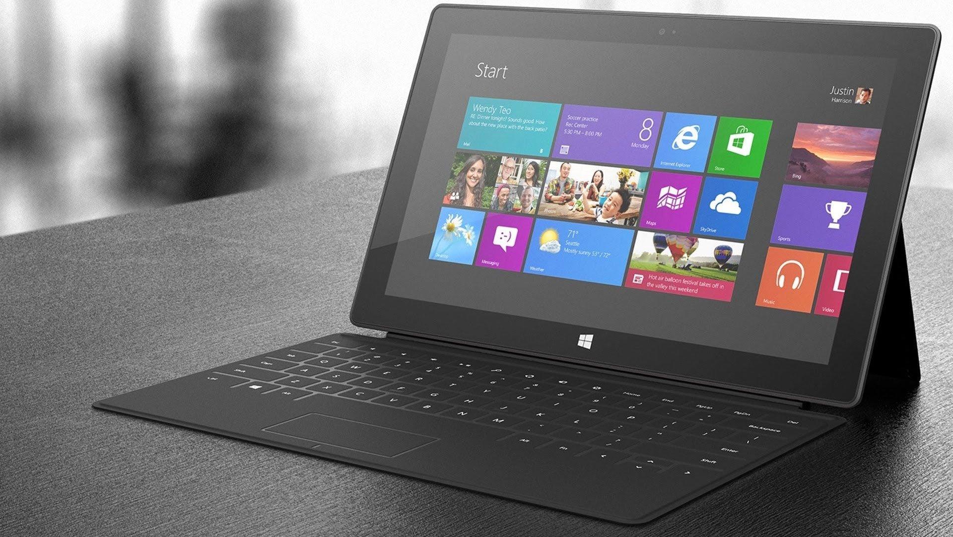 Microsoft работает над складным планшетом под названием Andromeda
