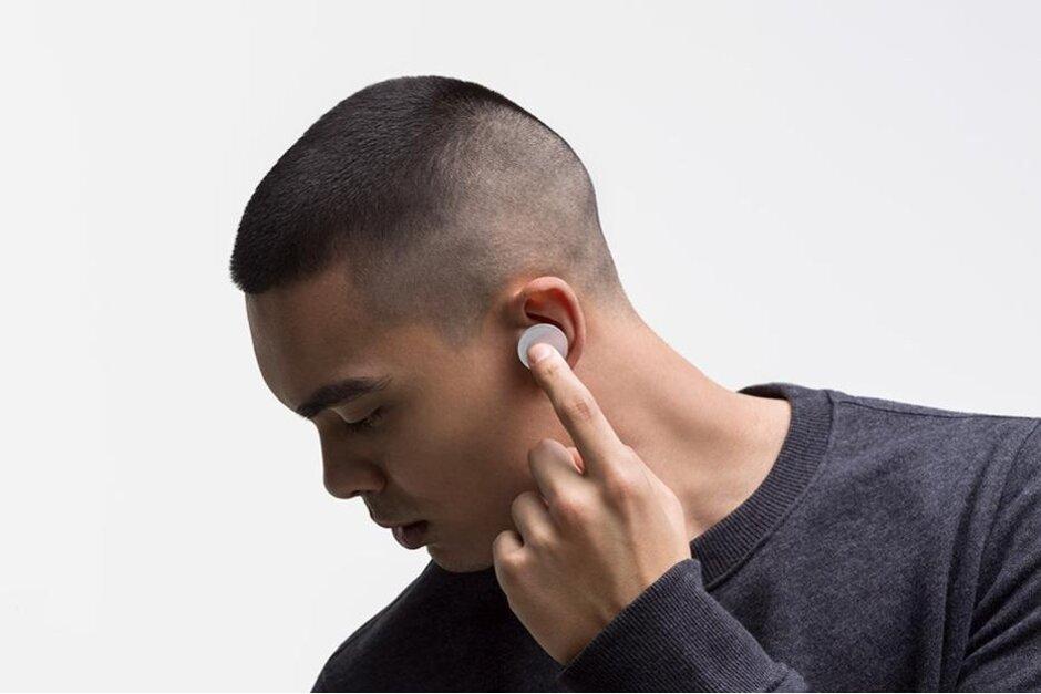 Пользователи Surface Earbuds жалуются на посторонний шипение и треск