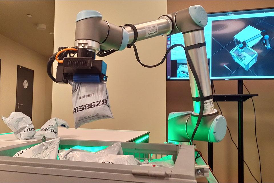 Сбер и Microsoft разработали систему управления роботами на основе ИИ