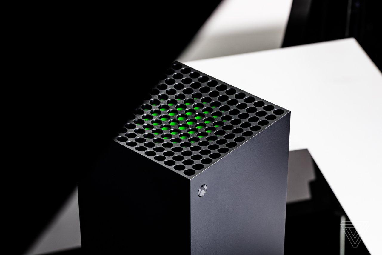 Вскоре управлять консолями Xbox Series XS можно будет с помощью пульта от телевизора